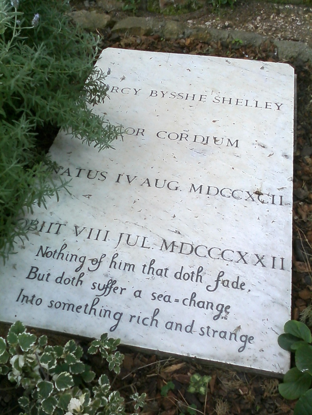 Shelley grave stone in full